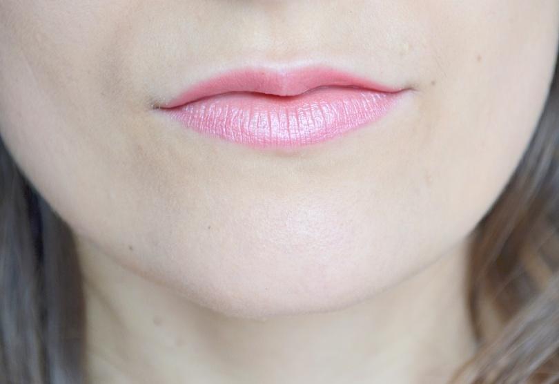 moisturizing-lipstick-hema
